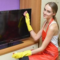 テレビの液晶画面は水拭きしても大丈夫!?正しい掃除の仕方って!?