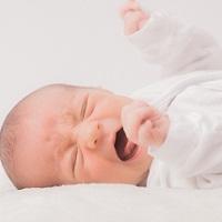 赤ちゃんが落下した後の後遺症は大丈夫!?転落防止の対策は?