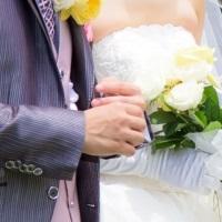 妊娠初期に遠方の結婚式にお呼ばれしたら欠席!?それとも出席!?