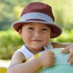 子供の熱中症対策!効果的な飲み物やおすすめのグッズは?