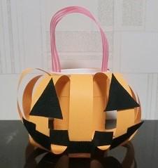 ハロウィン かぼちゃの入れ物 手作り