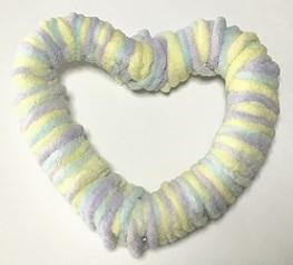 毛糸のリース ハート形 作り方