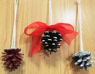 毛糸のクリスマスオーナメント 手作り