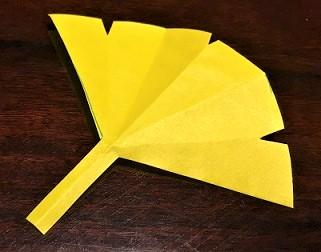 銀杏 折り紙 切り方 1枚