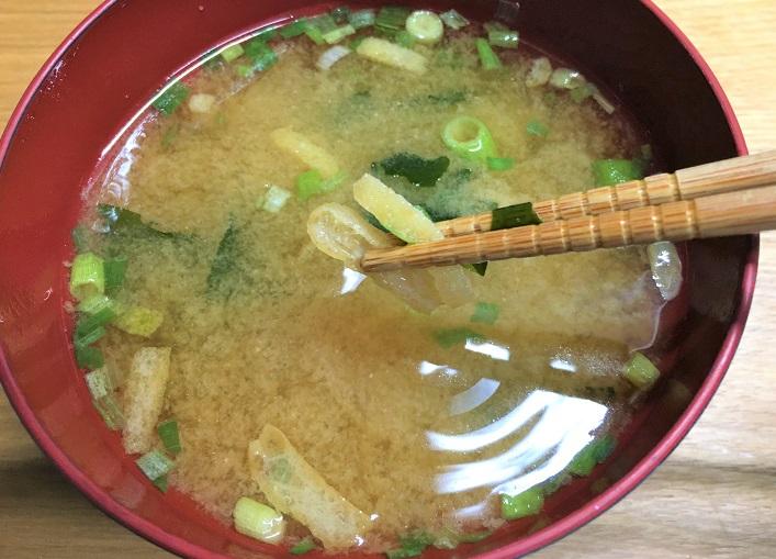 賞味期限切れの味噌汁の油揚げ